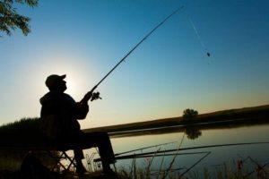 Dom na Mazurach nad jeziorem Sasek Wielki łowienie ryb